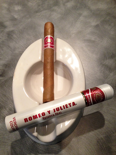 Romeo y Julieta Reserva Real Cigar