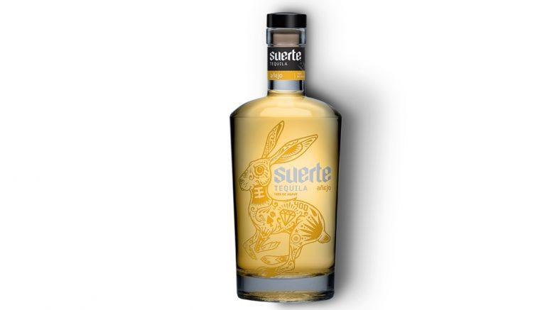 Suerte Añejo bottle