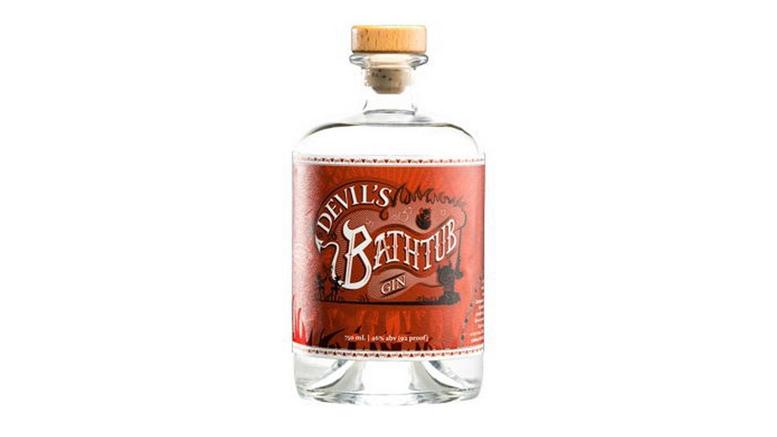 Honeoye Falls Devil's Bathtub Gin bottle
