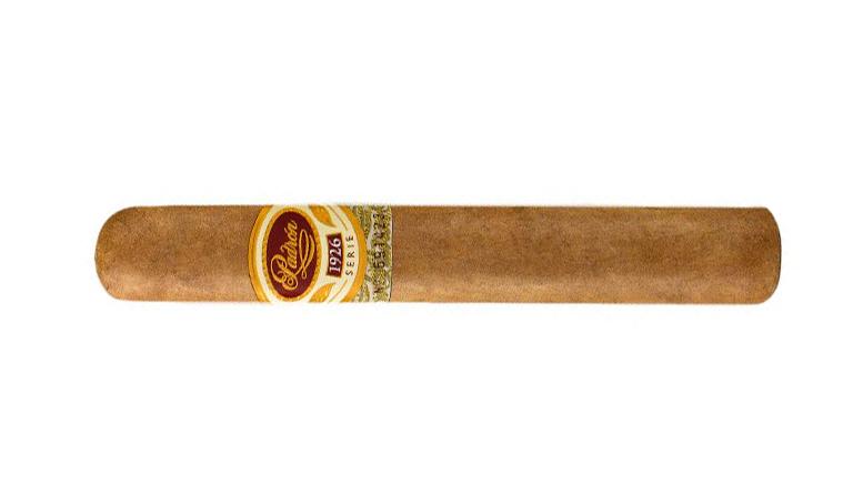 Padron 1926 No. 6 Natural cigar